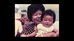 ドキュメンタルシーズン3の津田のお母さんの写真